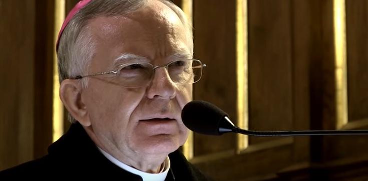 Jędraszewski: Pamięć o Smoleńsku to nasz obowiązek narodowy - zdjęcie