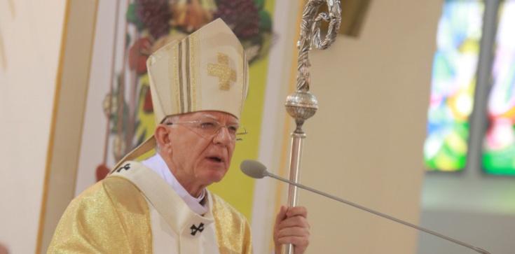 Abp Marek Jędraszewski: Cud odzyskania przez Polskę niepodległości to efekt wierności Polaków Bogu - zdjęcie