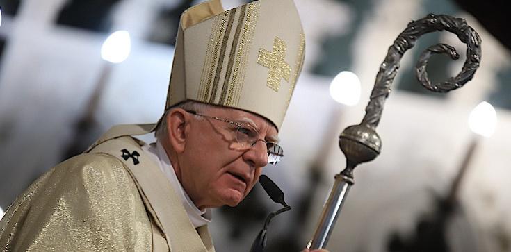 Abp Marek Jędraszewski: Wiara w Miłosierdzie zmienia naszą teraźniejszość - zdjęcie
