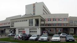 Tragedia w poznańskim szpitalu. Mężczyzna wypadł przez okno - miniaturka