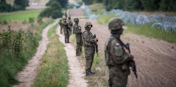 Białoruskie prowokacje na granicy. Żaryn przekazał szokujące informacje - zdjęcie