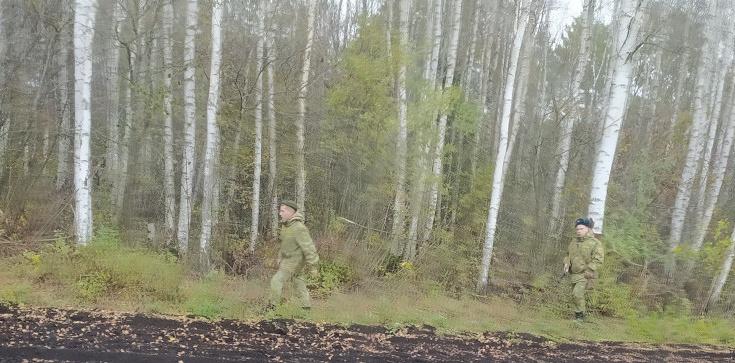 Żołnierze Łukaszenki na granicy. Straż Graniczna: to nie są pogranicznicy! - zdjęcie