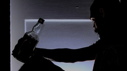 Pijacy nie idą do nieba. Co Bóg mówi o alkoholu? - miniaturka