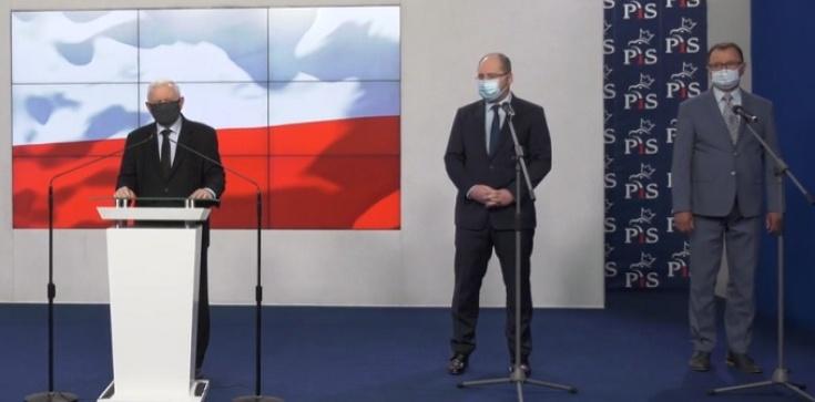 [Wideo] Prezes PiS: Z wielką radością mogę powiedzieć. Pan poseł Czartoryski wraca do naszego klubu - zdjęcie