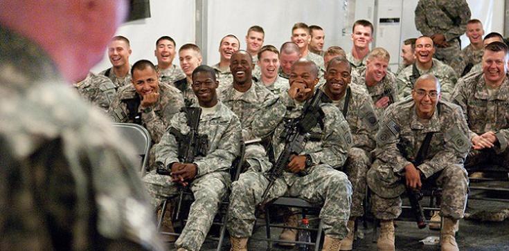 Ach, ci amerykańscy żołnierze! Miasta mazurskie czekają, biznes ma ciekawe plany - zdjęcie