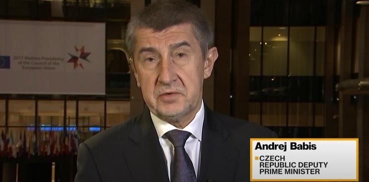 WP o kulisach negocjacji z Czechami: Ciche konszachty z Brukselą przeciwko Polsce - zdjęcie