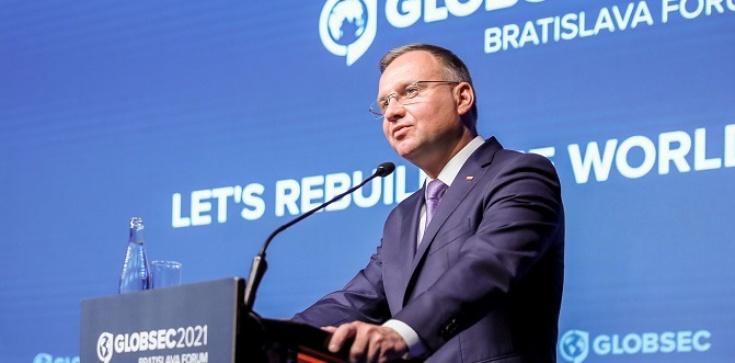 Prezydent w Bratysławie: Celem po wyjściu z pandemii musi być uniknięcie nowych podziałów: na lepszych i gorszych, na bogatszych i biedniejszych, na zaszczepionych i niezaszczepionych - zdjęcie
