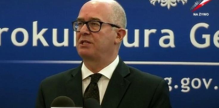 Sikorski i Seremet: Nie ma podstaw do dymisji prokuratora generalnego - zdjęcie