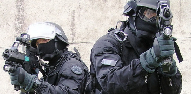 Francja przygotowuje się na Euro 2016... i zamachy - zdjęcie