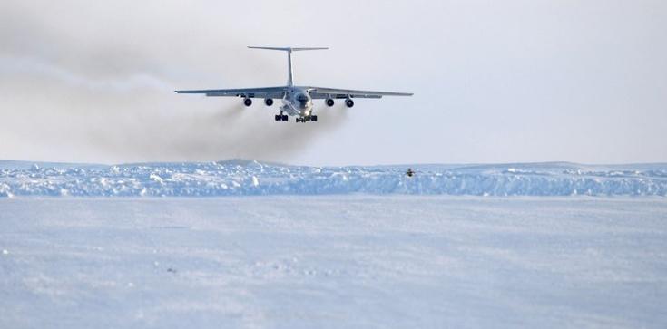 Nadchodzi bitwa o Arktykę.Gracze to USA, Rosja i Chiny  - zdjęcie