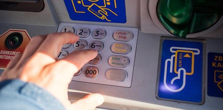Wysadzali bankomaty. Recydywiści trafili do aresztu - zdjęcie