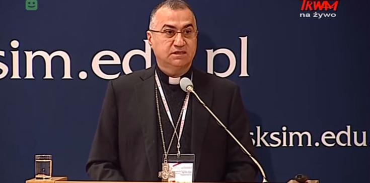 Iracki biskup: Źródłem ekstremizmu muzułmańskiego jest sam Koran. Islamscy imigranci? To wielkie niebezpieczeństwo! - zdjęcie