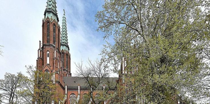 Ordynarna prowokacja w katedrze warszawsko-praskiej - zdjęcie