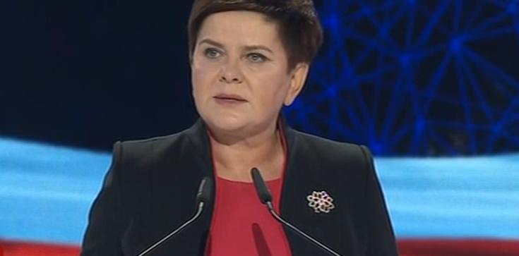 Beata Szydło: Polska nie będzie spłacać żadnych roszczeń - zdjęcie