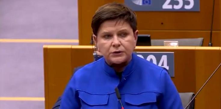 Szydło ostro w PE o praworządności: Ci którzy o niej mówią, sami chcą ją łamać [Wideo] - zdjęcie