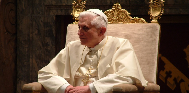 Benedykt XVI: Wielki Post to dobry moment na nawrócenie - zdjęcie