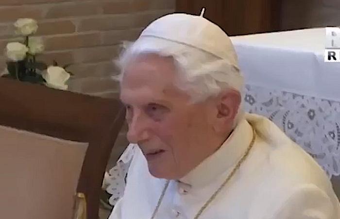 Benedykt XVI kończy 94 lata. Pamiętajmy o nim w modlitwie! - zdjęcie