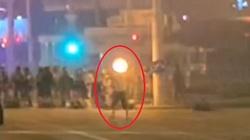 (Wideo) AP udostępnił film z zabicia demonstranta na Białorusi. Nie był agresywny - miniaturka