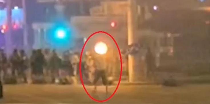(Wideo) AP udostępnił film z zabicia demonstranta na Białorusi. Nie był agresywny - zdjęcie