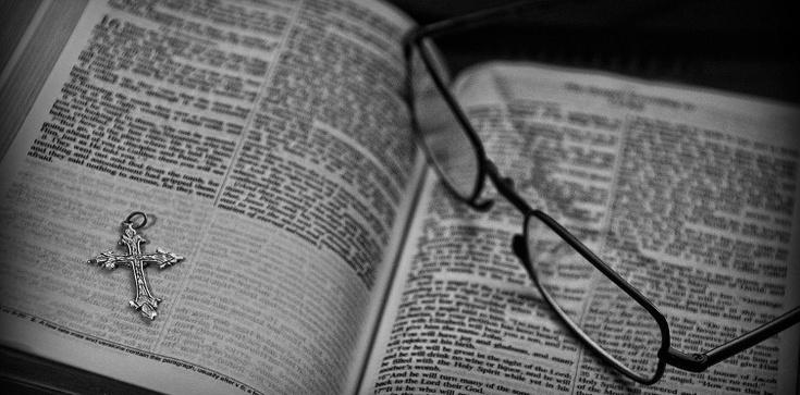 ,,To nie przypadek''. Co dzieje się podczas Liturgii Słowa? - zdjęcie