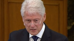 Bill Clinton trafił na intensywną terapię - miniaturka