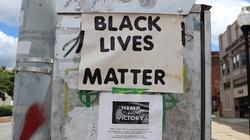 ,,Black Lives Matter''. Czarnoskórzy przestępcy pobili młodego Polaka - miniaturka