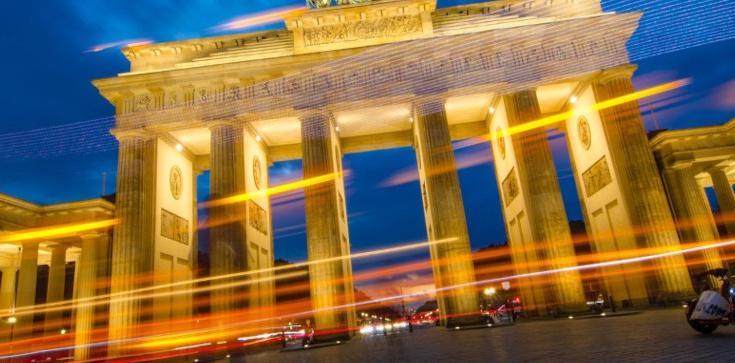 Berlin: kierowca wjechał w tłum ludzi. Są ranni - zdjęcie