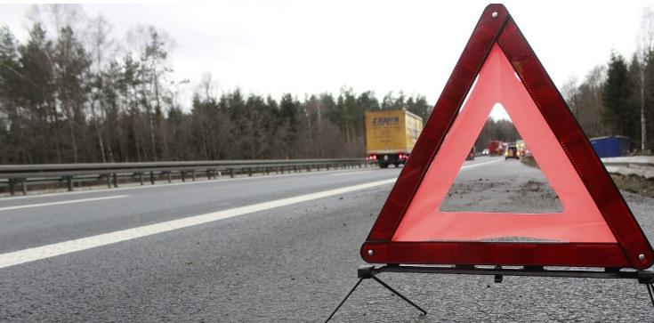Wypadek polskiego autokaru na Węgrzech. Są ranni, jedna osoba nie żyje - zdjęcie