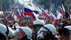 Tysiące osób wyszło na ulice rosyjskich miast - miniaturka