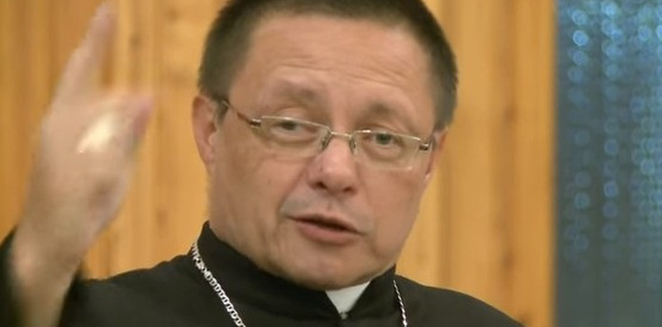 Biskup Ryś - niepoprawnie, a może poprawnie - o islamie, muzułmanach i terrorystach POSŁUCHAJ! - zdjęcie