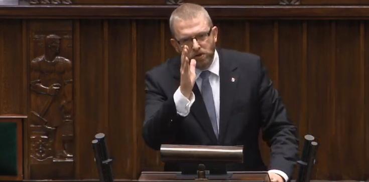 W czyim interesie działa? Grzegorz Braun o żołnierzach USA w Polsce: Zdrada! - zdjęcie