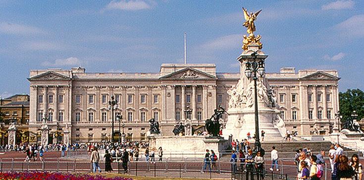 Rozpoczyna się szczyt NATO w Londynie. Królowa Elżbieta II wydała przyjęcie dla przywódców państw Sojuszu - zdjęcie