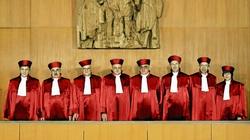 Naziści w TK Niemiec. Ponad 50% pracowników. Zostaną zbadane kariery sędziów niemieckiego Federalnego Trybunału Konstytucyjnego - miniaturka