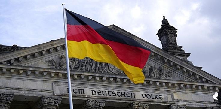 Prezydencja niemiecka w UE. Interes Niemiec najważniejszy? - zdjęcie