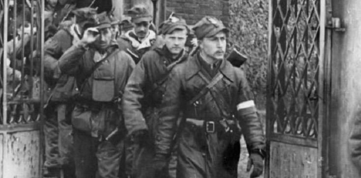 Z ambony strzeleckiej Salwowskiego: ,,Bury'' mordował - nie wolno go czcić - zdjęcie