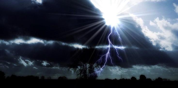 Bóg przygotowuje potężne uderzenie, jakiego jeszcze nie było! Oto orędzie z La Salette - zdjęcie