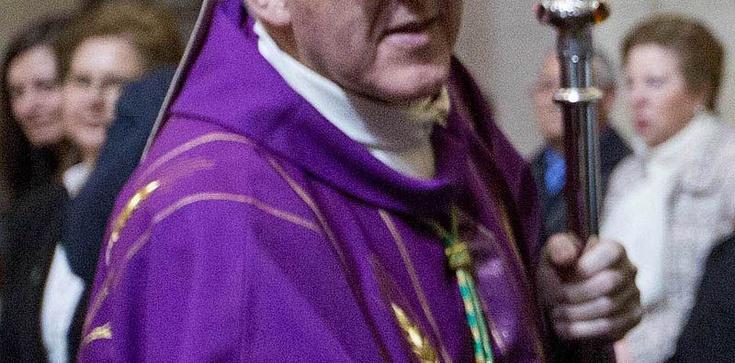 Homoschizma u bram. Hiszpański arcybiskup o gejach - zdjęcie