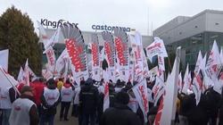 Pracownicy ,,Solidarności'' przywróceni do pracy w Castoramie decyzją sądu - miniaturka
