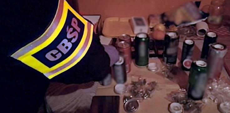Narkotyki ukryte w puszkach po napojach - zdjęcie