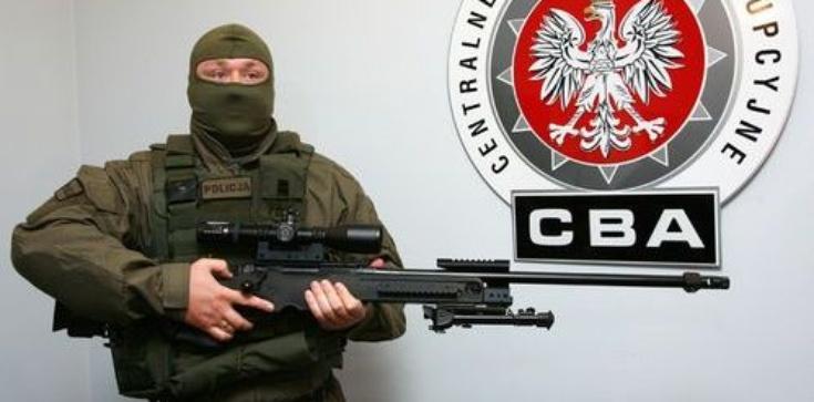 CBA zatrzymało 4 przedsiębiorców z Wielkopolski. Wyłudzali VAT - zdjęcie