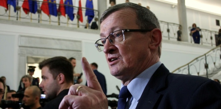 T. Cymański o obstrukcji opozycji: Bezrozumna blokada - zdjęcie