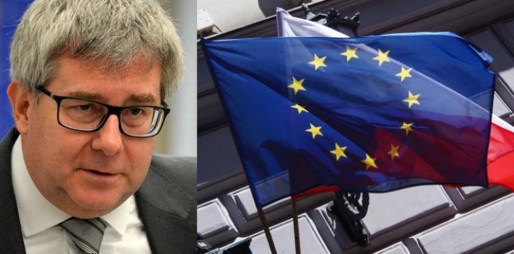 Rezolucja przeciw Polsce. Czarnecki zdradza zaskakujące szczegóły - zdjęcie