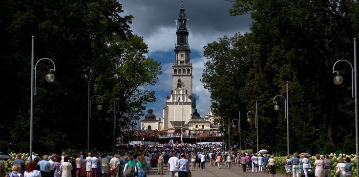 Kuriozalny pomysł Lewicy. Częstochowscy radni chcą pobierać opłaty od pielgrzymów - zdjęcie