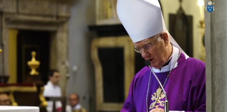 Bp Ignacy Dec: Katolicy nie mogą zgodzić się na zamykanie świątyń  - zdjęcie