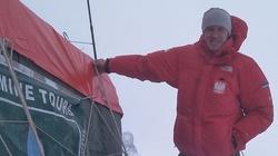 Denis Urubko porwany przez lawinę. Przeżył i jest w bazie - miniaturka