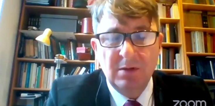 Prof. Skrzydlewski: Trwa bezprecedensowy w historii atak na religię  - zdjęcie