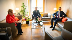 Premier spotkał się z kanclerz Niemiec i prezydentem Francji: Negocjacje trwają - miniaturka
