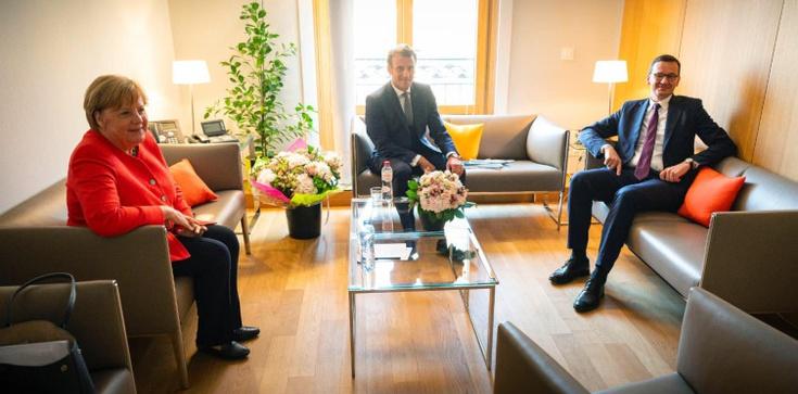Premier spotkał się z kanclerz Niemiec i prezydentem Francji: Negocjacje trwają - zdjęcie