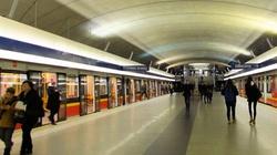 Wypadek w warszawskim metrze. Zginął młody mężczyzna   - miniaturka