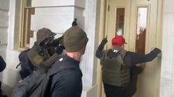 Eksperci: Rosja ingerowała w wydarzenia związane ze szturmem na Kapitol  - miniaturka